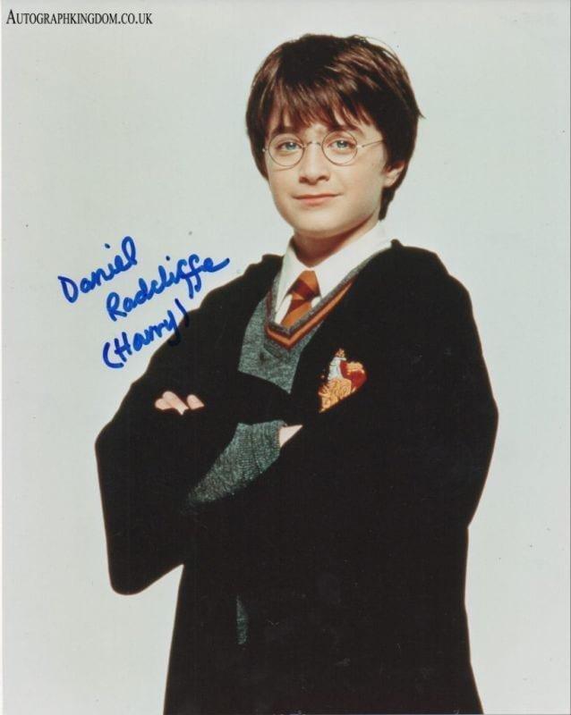 "Daniel Radcliffe 8 x 10"" Autographed Photo Harry Potter, The Women in Black, Horns (Reprint 2121)"