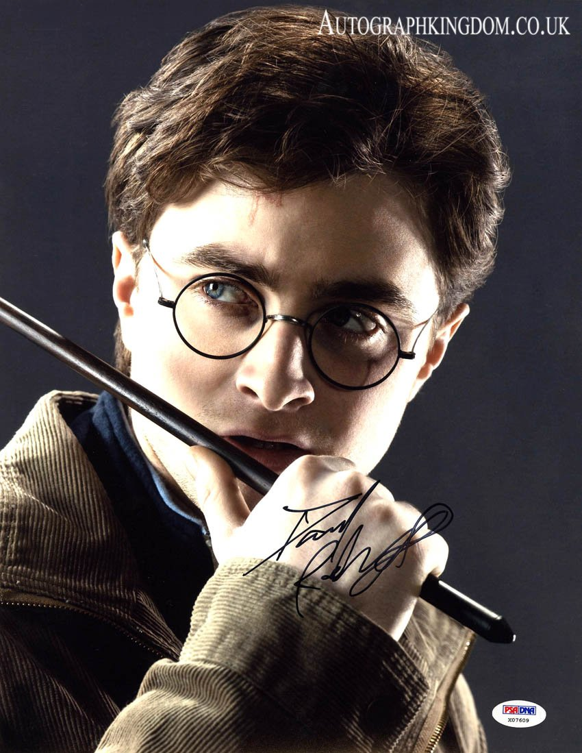 "Daniel Radcliffe 8 x 10"" Autographed Photo Harry Potter, Horns , The Women in Black (Reprint 2123)"