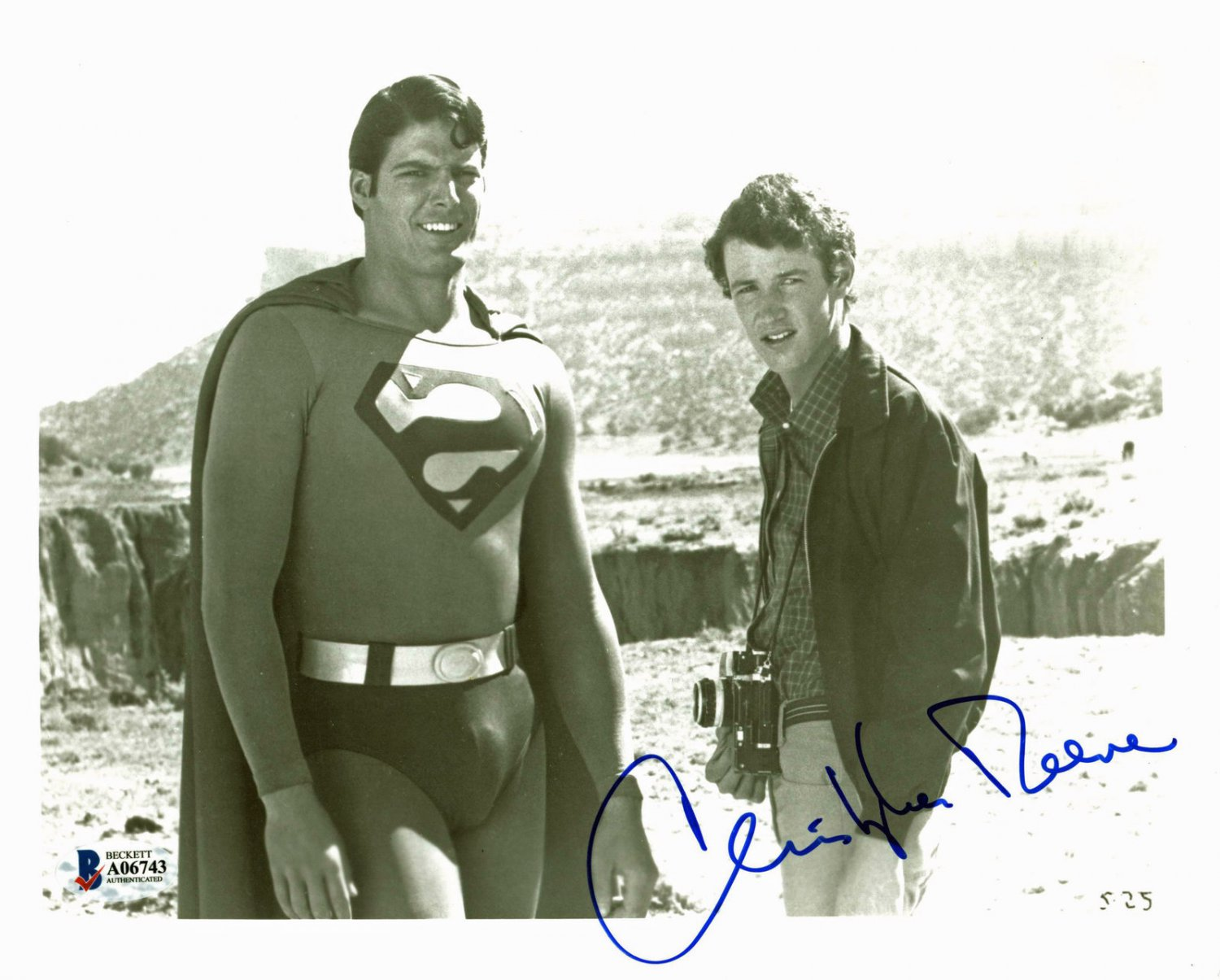 "Christopher Reeve Superman 8 x 10"" Autographed / Signed Photo (Reprint:2077) Great Gift Idea!"