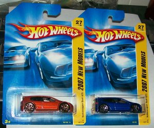 Hot Wheels 2007 new models VW golf GTI #27/36 2 cars