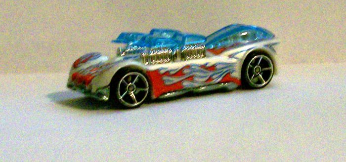 """HOT WHEELS 2007 #157 MYSTERY CAR """"WHAT-4-2"""" WHITE"""