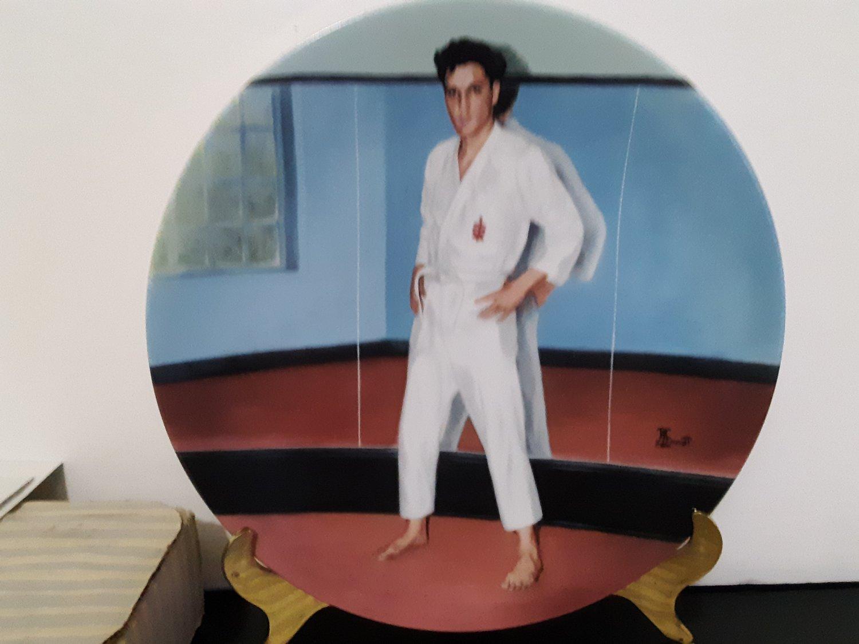 "Vintage 1991 - Elvis Presley Collectors Plate ""Going For The Black Belt""  Limited Edition     (1578)"