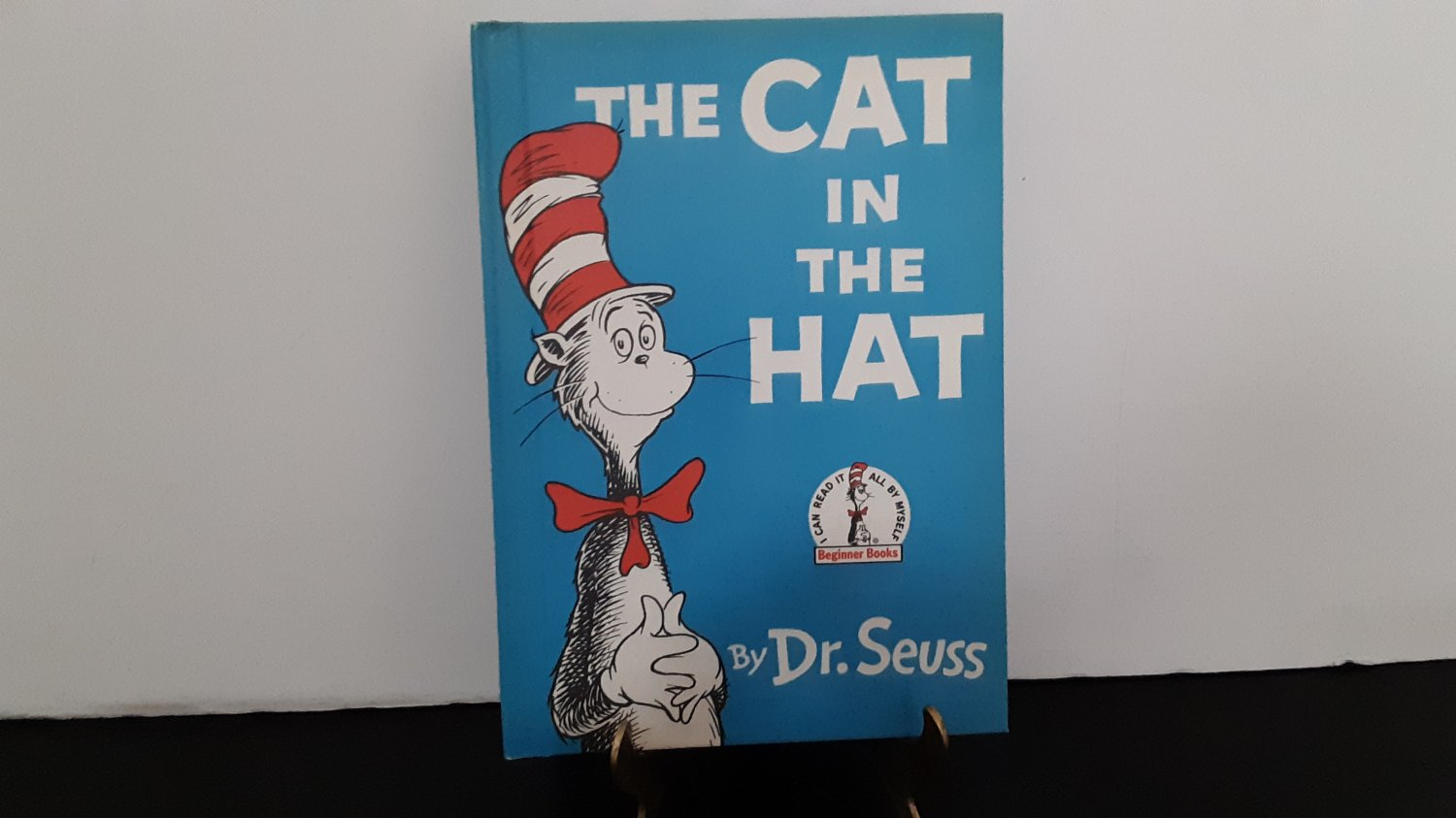 """Vintage 1957 - Dr. Seuss """"The Cat In The Hat"""" Hard Cover Book    (1647)"""
