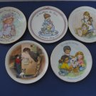 "Vintage 1981 - 1989 Avon ""Mother's Day""  Mini Plates - Set of 5 Plates   (958)"
