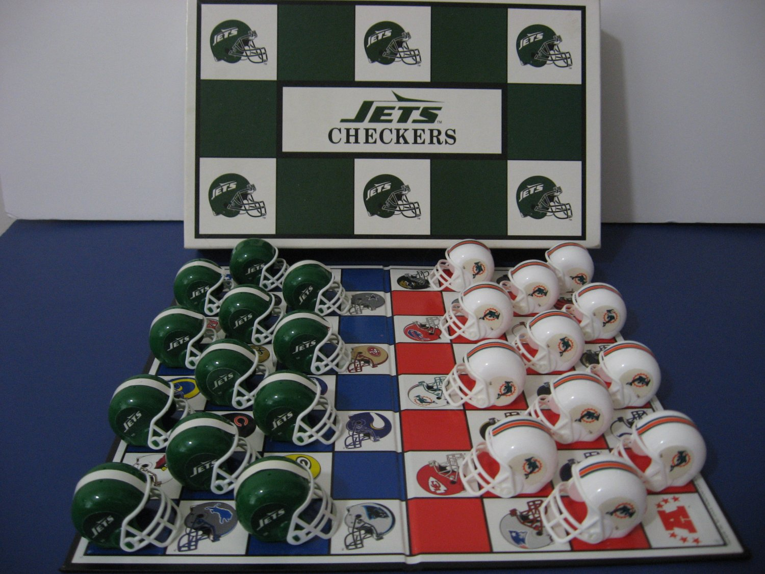 Vintage 1993 - NFL Football -  New York Jets  Vs Miami Dolphins Checker Board Game   (982)