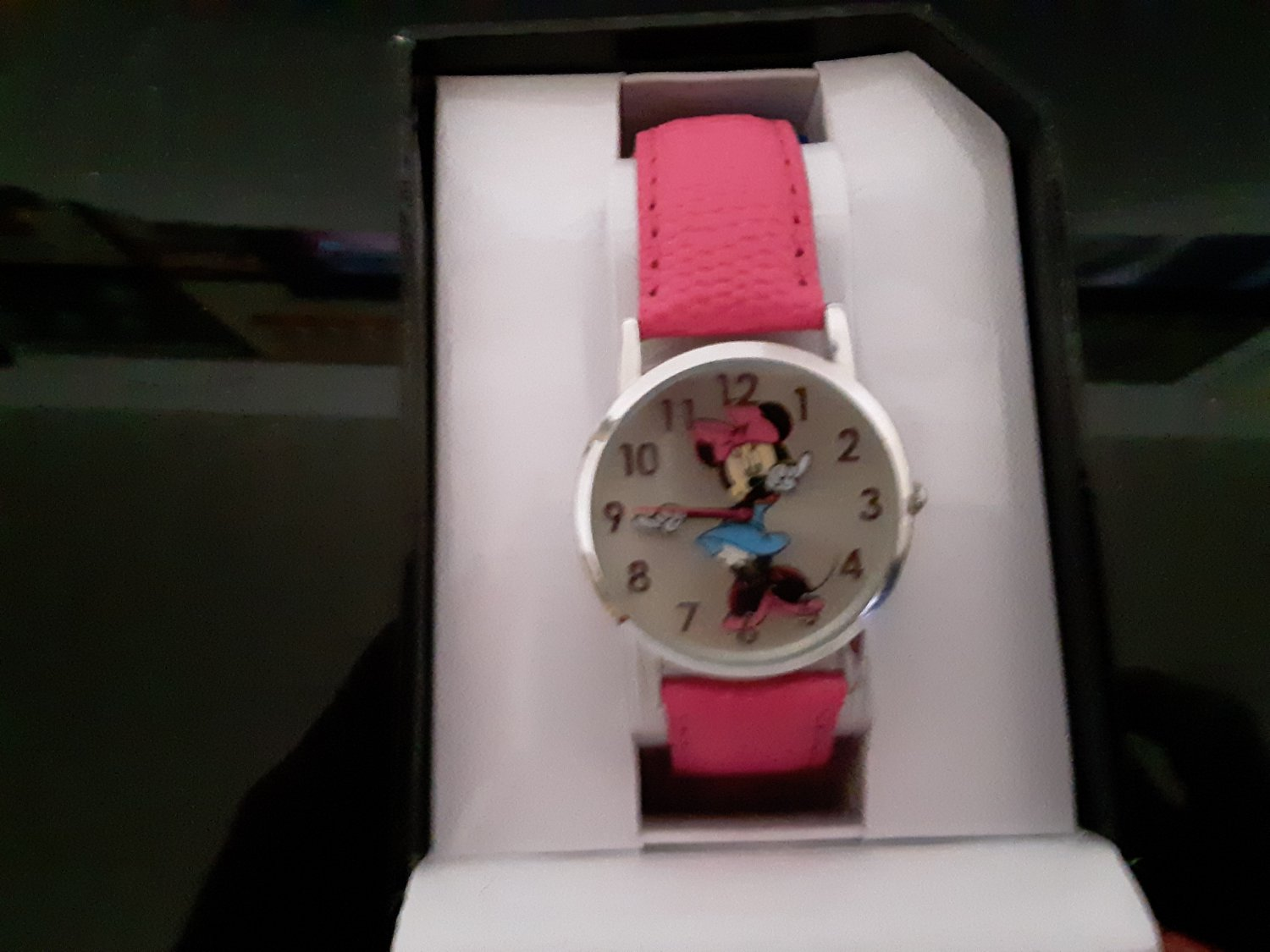 New Old Stock - Walt Disney - Minnie Mouse Watch - (1741)