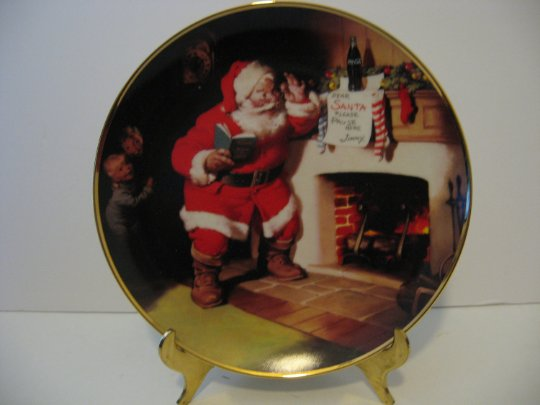 "Vintage 1993 - Coca-Cola Classic Santa Claus Plate - ""The Pause That Refreshes"""