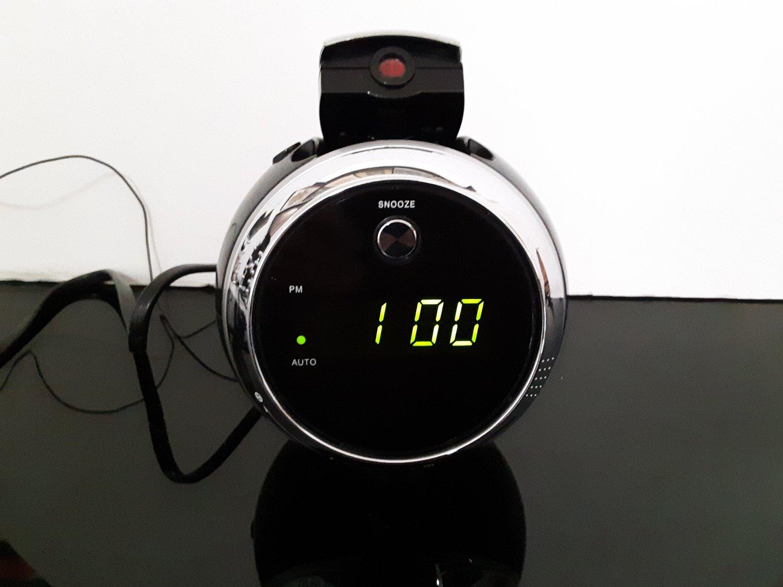 Jensen - Alarm Clock Radio Projector