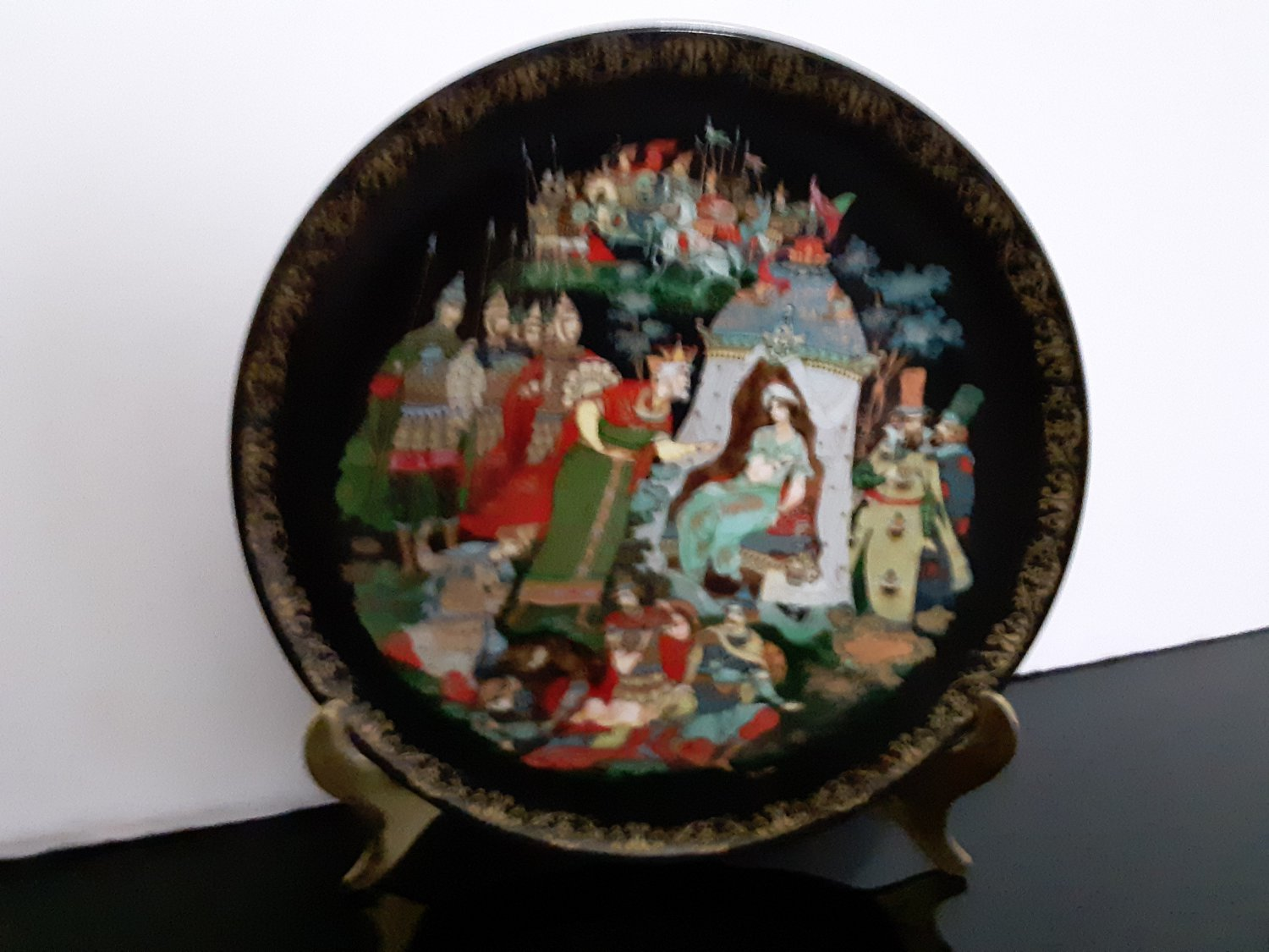 1989 USSR Russian Hand Painted Ceramic Plate