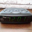 Vintage General Electric - Alarm Clock Radio - Model 7-4837C