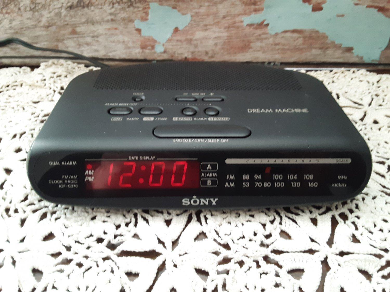 Vintage Sony Dream Machine - AM/FM Dual Alarm Clock Radio - Black - ICF-C370