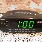 Vintage Sony Dream Machine - Alarm Clock Radio AM/FM with Battery Backup