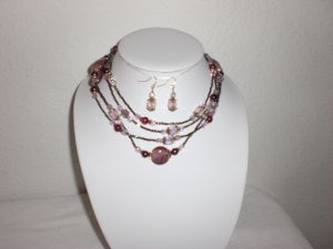 CERAMIC AND CRYSTAL BEAD NECKLACE W/EARRINGS