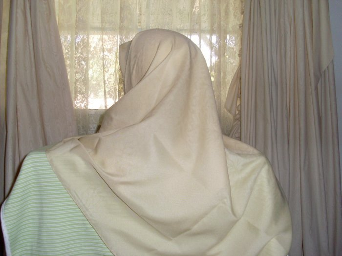 Hijab Buttery Cream color soft Damask scarf