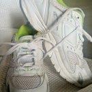 Reebok Women's white Leather Walking Sneaker RB 610 Mcx Size 8.5M