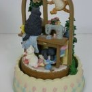 "San Francisco Music box ""Cats make a house a home"" rotates plays ""Close  to you"""