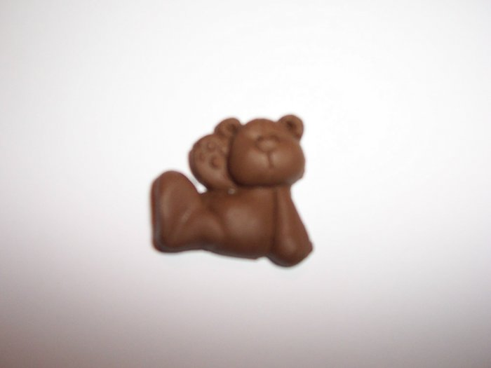 Sitting Bear Fridge magnet and keyring