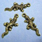 6pc antique gold finish metal gecko lead nickel free pendant-1959