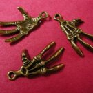 6pc antique bronze finish metal skull hand lead and nickel free-1377C