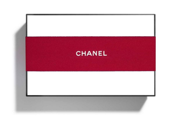 Authentic CHANEL Signature Medium White Gift Box with Red Ribbon Empty