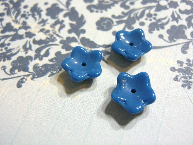 Blue Opaque Czech Glass Beads 10mm Flower Beadcap 13