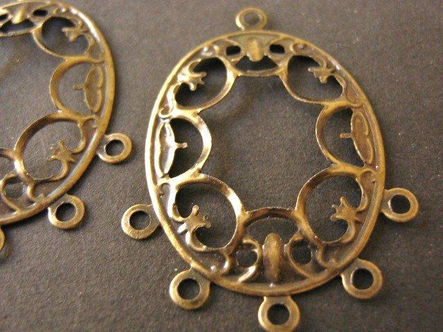 Filigree Pendant Antique Bronze 28x38mm