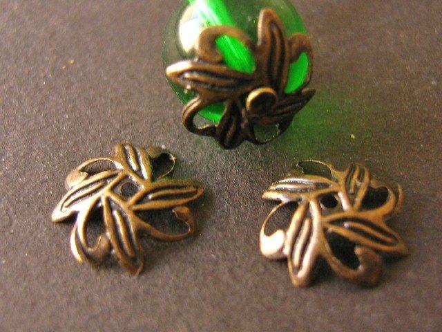 Antique Bronze 10mm Leaf Bead Caps