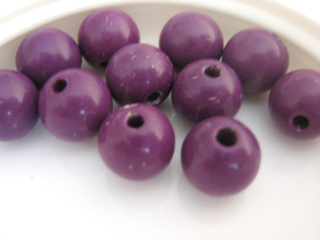 Purple Opaque Vintage Lucite Beads 7mm Round