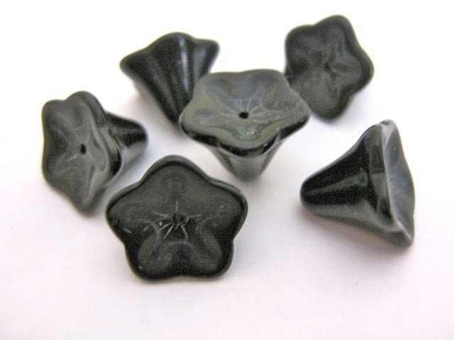 Black Flowers 12x10mm Morning Glory Glass Beads