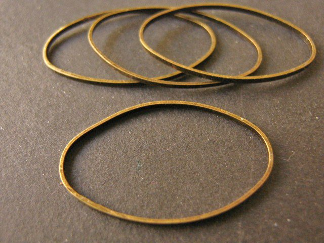 Closed Oval Jump Rings 16x26mm Antiqued Bronze Finish