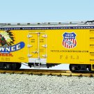 USA Trains R16429 Pawnee Beer – Yellow/Silver Mint In Box