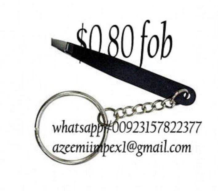 Keychain tweezers