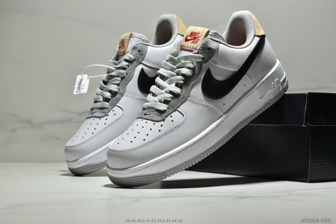 Air Force 1 07 Light Bone Running Shoes white