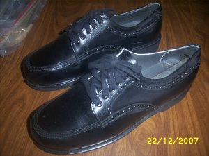 Mens Work Force Shoes New size 10 1/2 EEE