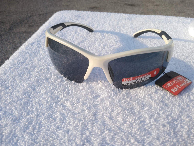 PiRanha Eyewear FLX-T Technology Sunglasses White/Black 100% UV 3028