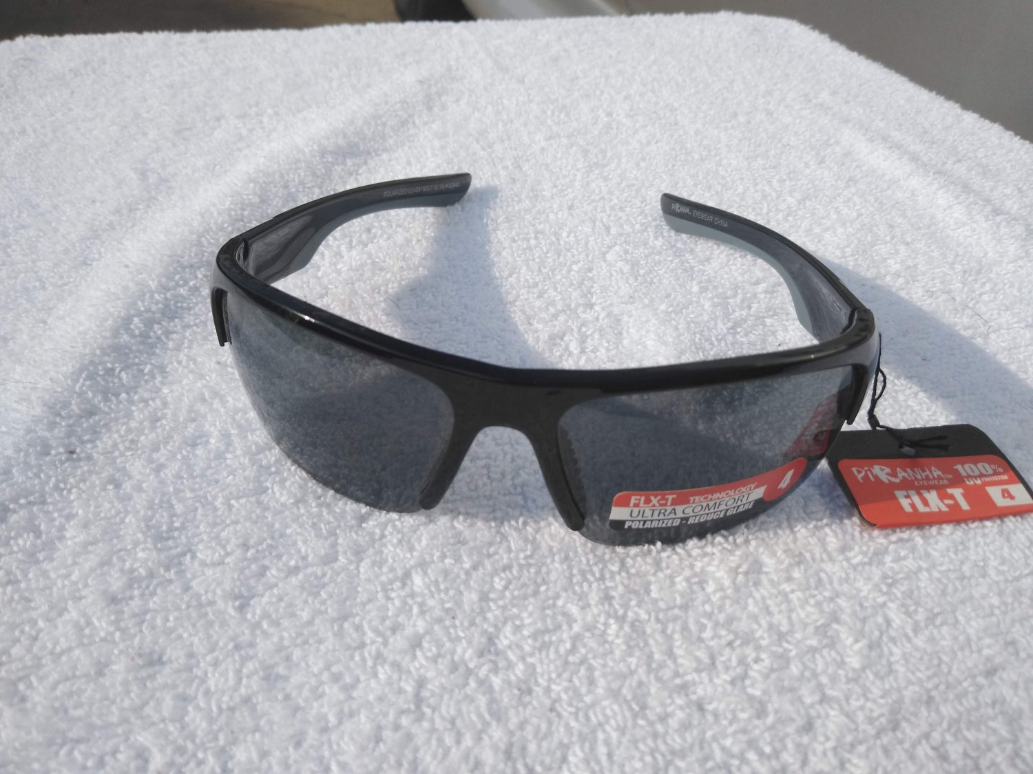 PiRanha Eyewear FLX-T Technology Sunglasses Black/Grey 100% UV 3071