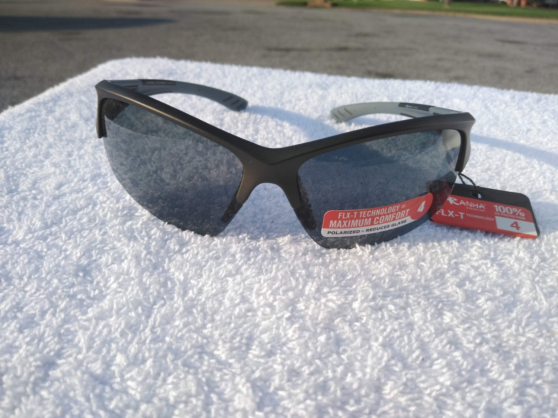 PiRanha Eyewear FLX-T Technology Sunglasses Black/Grey 100% UV 3068
