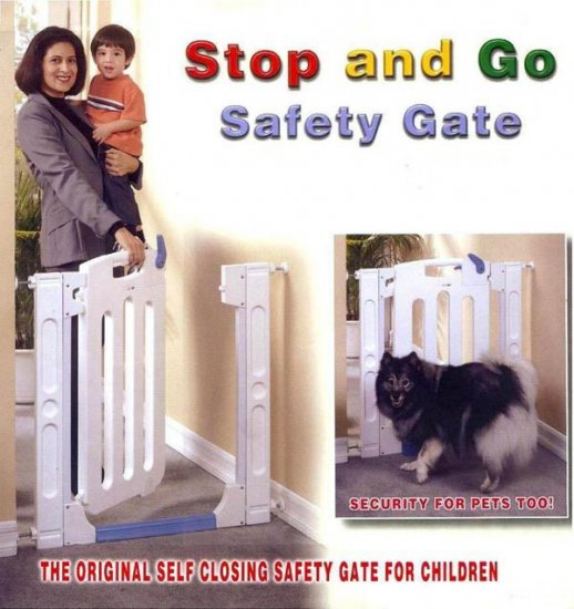 Giovanni Rizzo - Safety Gate with Self Closing Door