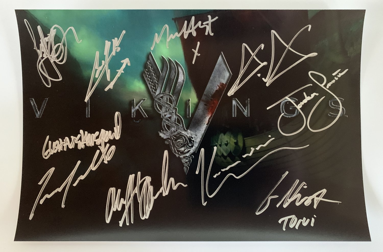 VIKINGS cast signed autographed 8x12 photo photograph Travis Fimmel Katheryn Winnick