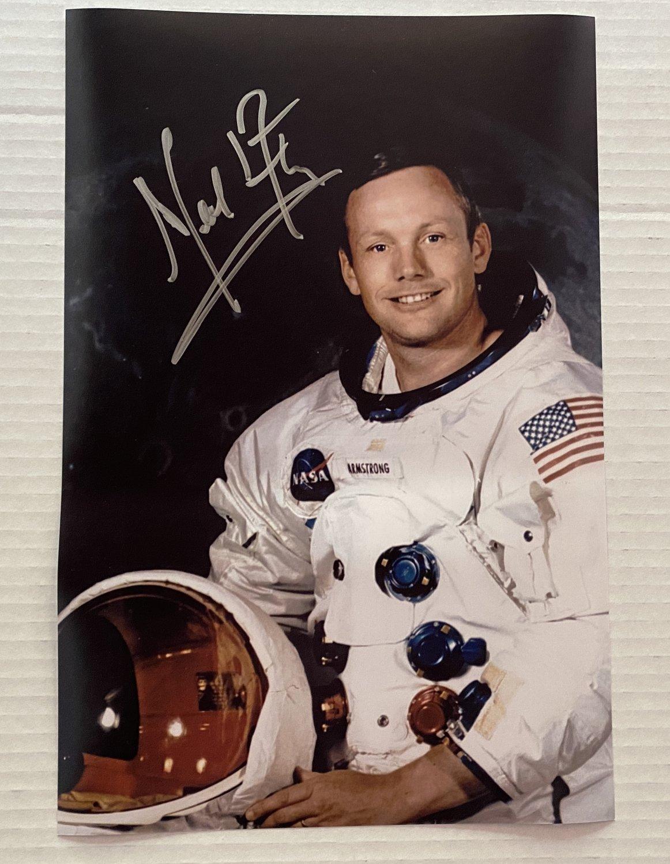 Neil Armstrong signed autographed 8x12 photo photograph Apollo 11 autographs NASA
