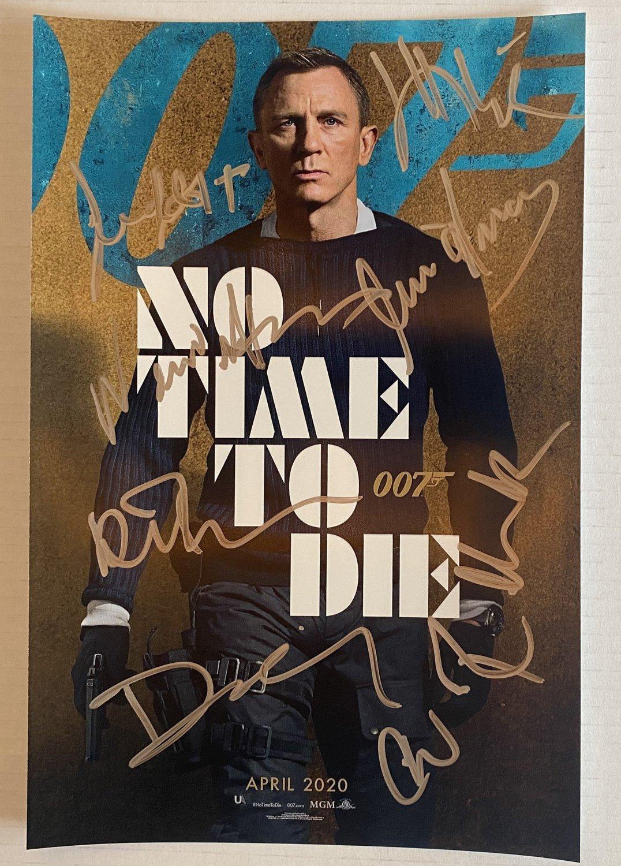 007 No Time to Die cast signed autographed 8x12 photo Daniel Craig James Bond