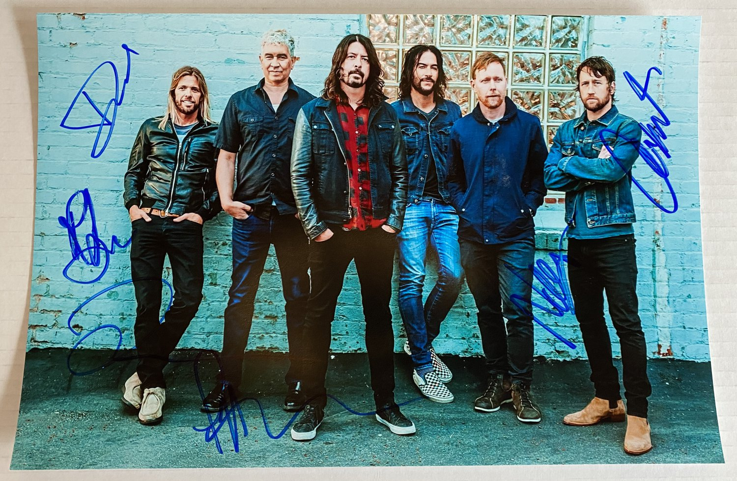 Foo Fighters band signed autographed 8x12 photo photograph Dave Grohl autographs