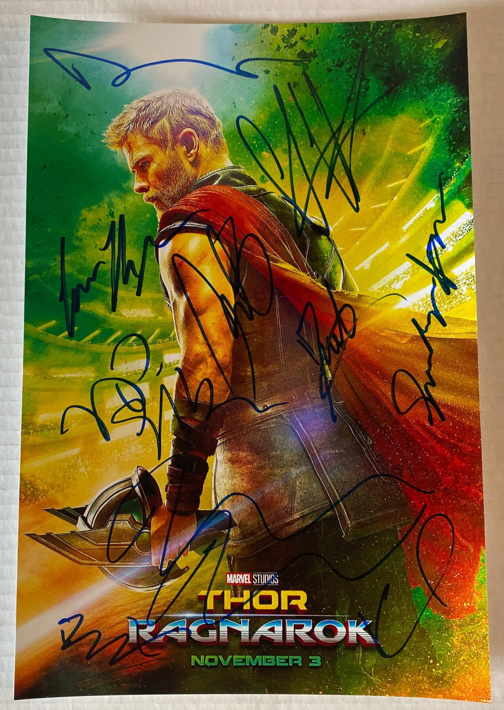 Thor Ragnarok cast signed autographed 8x12 photo Chris Hemsworth Cate Blanchett autographs