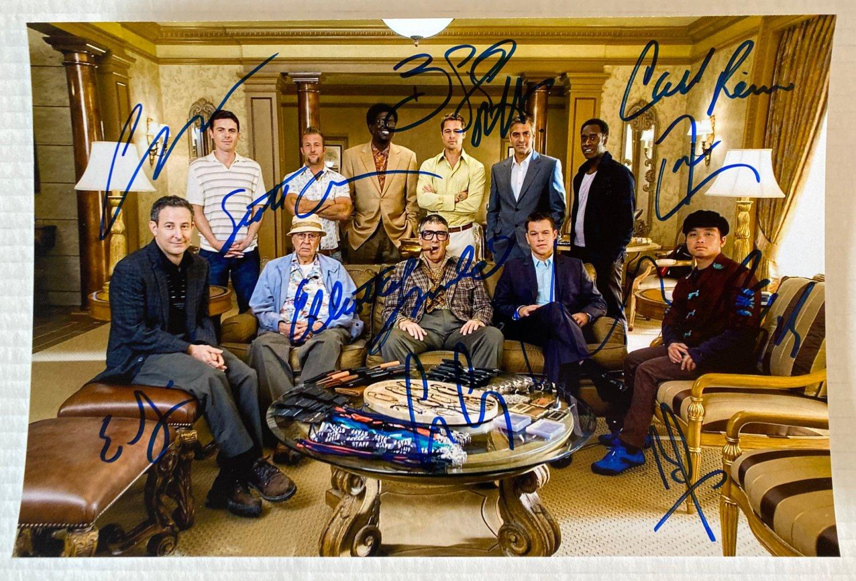 Ocean's Eleven cast signed autographed 8x12 photo Brad Pitt George Clooney autographs