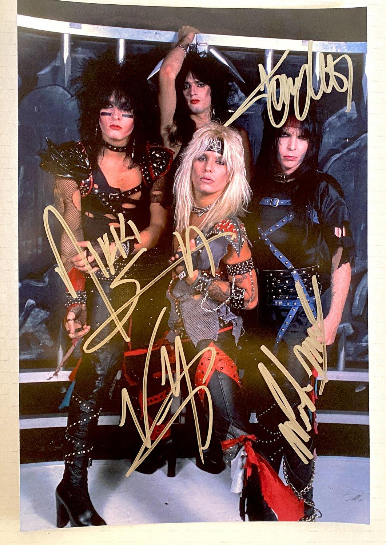 Motley Crue band signed autographed 8x12 photo Tommy Lee Nikki Sixx autographs