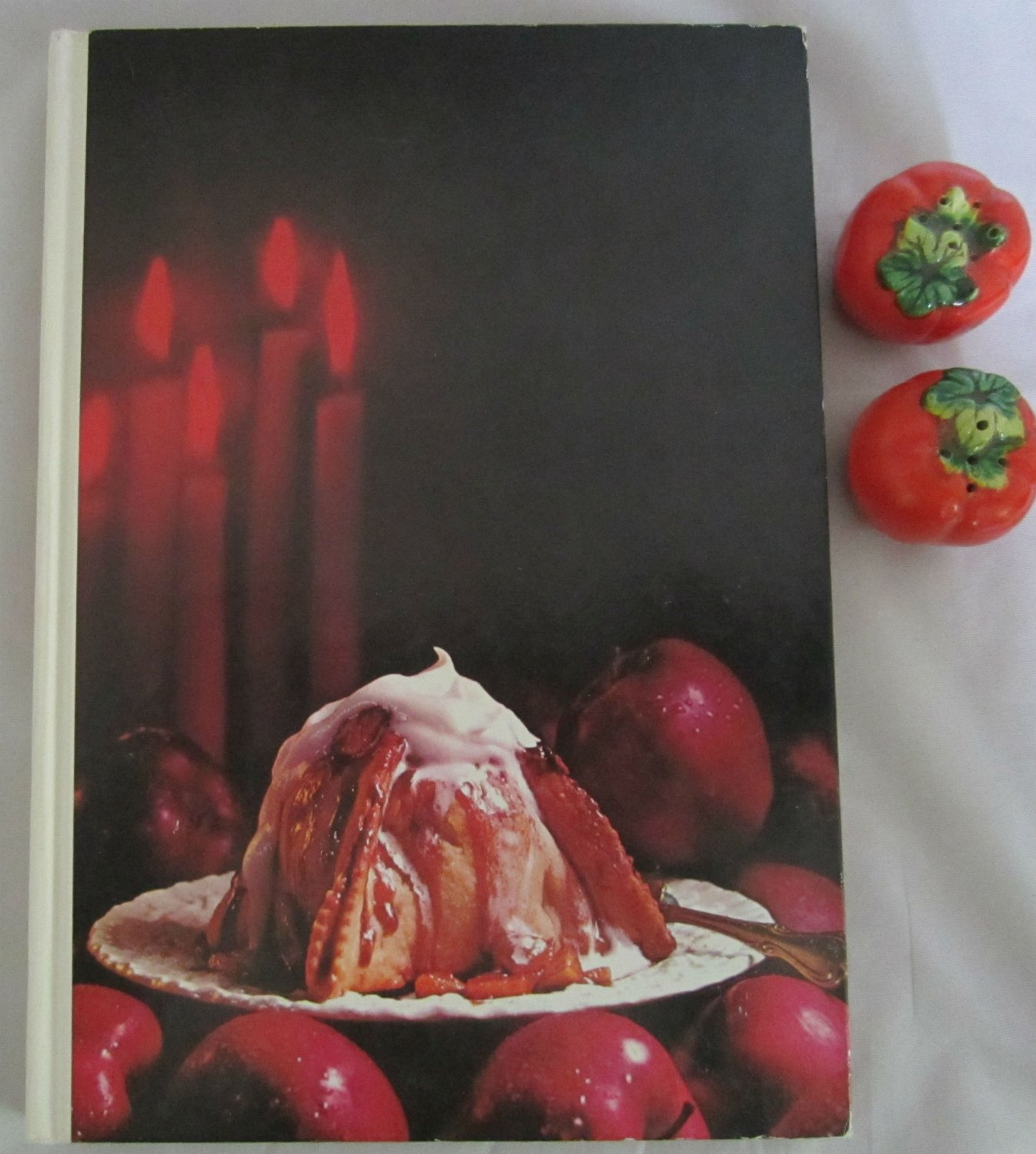 Southern Living Holiday Cookbook Vintage 1971 All Occasion Recipes Menus hc