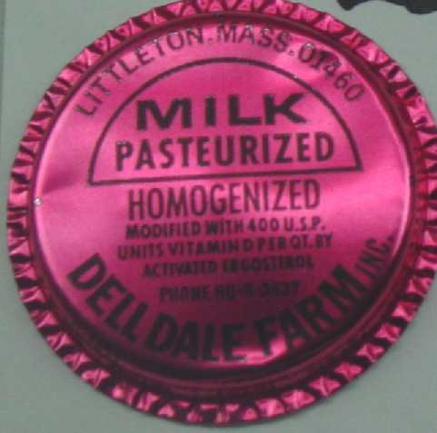 Dell Dale Farms, Mass., Red Aluminum Cap,  MILK BOTTLE CAP, Mc25-Quantities available read on