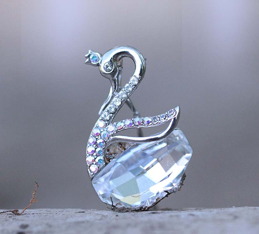 Swan Necklace Swarovski Clear Crystal Element Animal Sterling Silver Dainty Elegant Pendant Chain