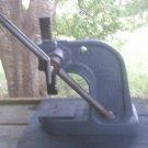Dake Benchtop Arbor Press No.0, 1-1/2 Ton Manual Hand Bench Press 1.5 ton