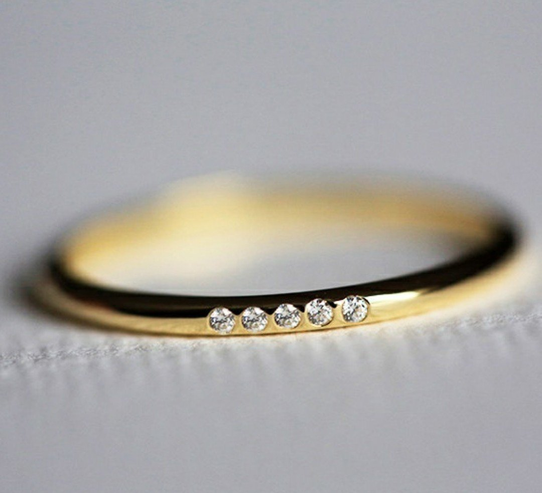 14kt Gold 0.02ct Diamond Ring Size 6